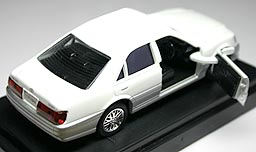 MTECH TOYOTA CROWN RS 001-02.JPG